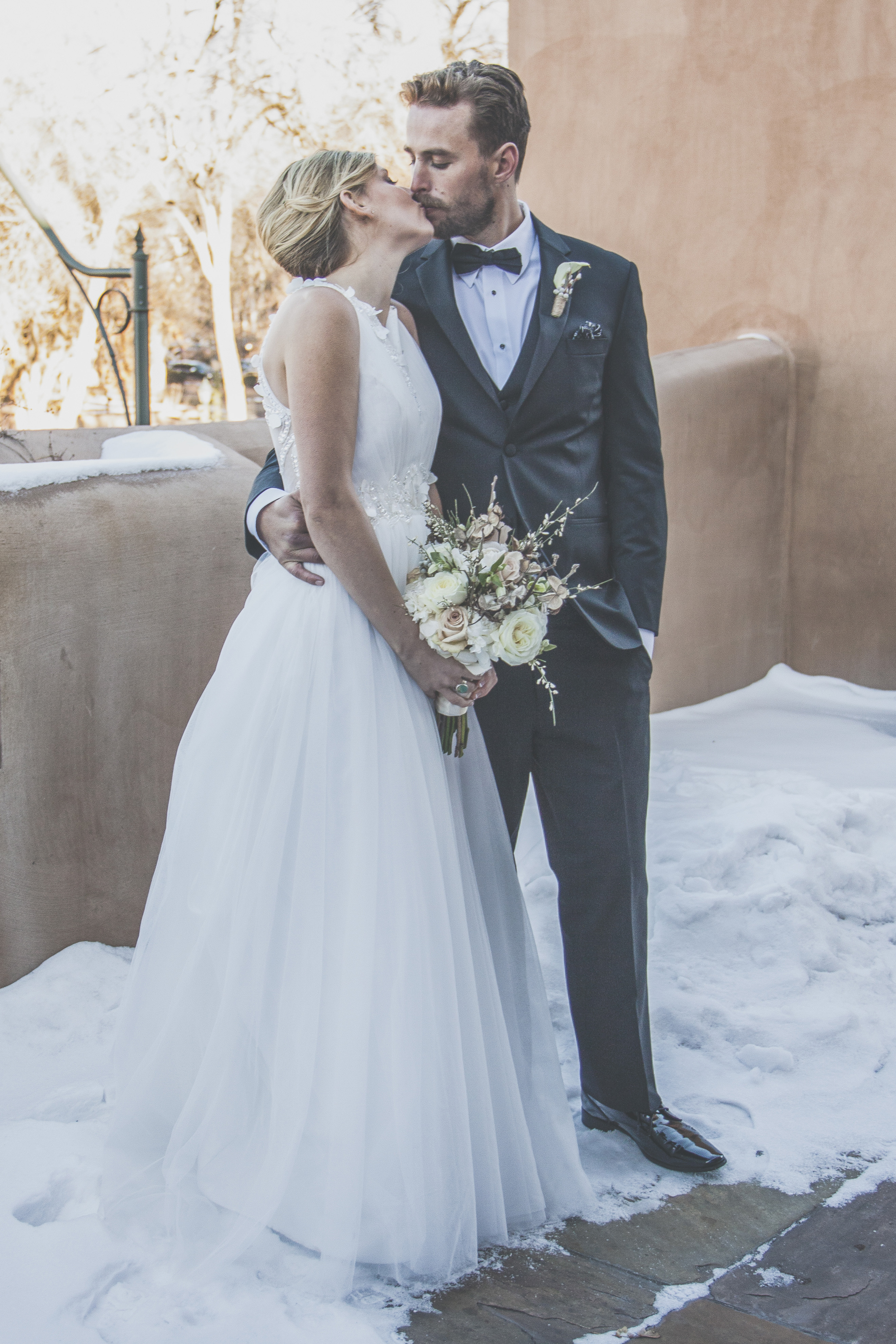 flowersbyazalea_bride_bouquet_whimsica_Winter_Wedding