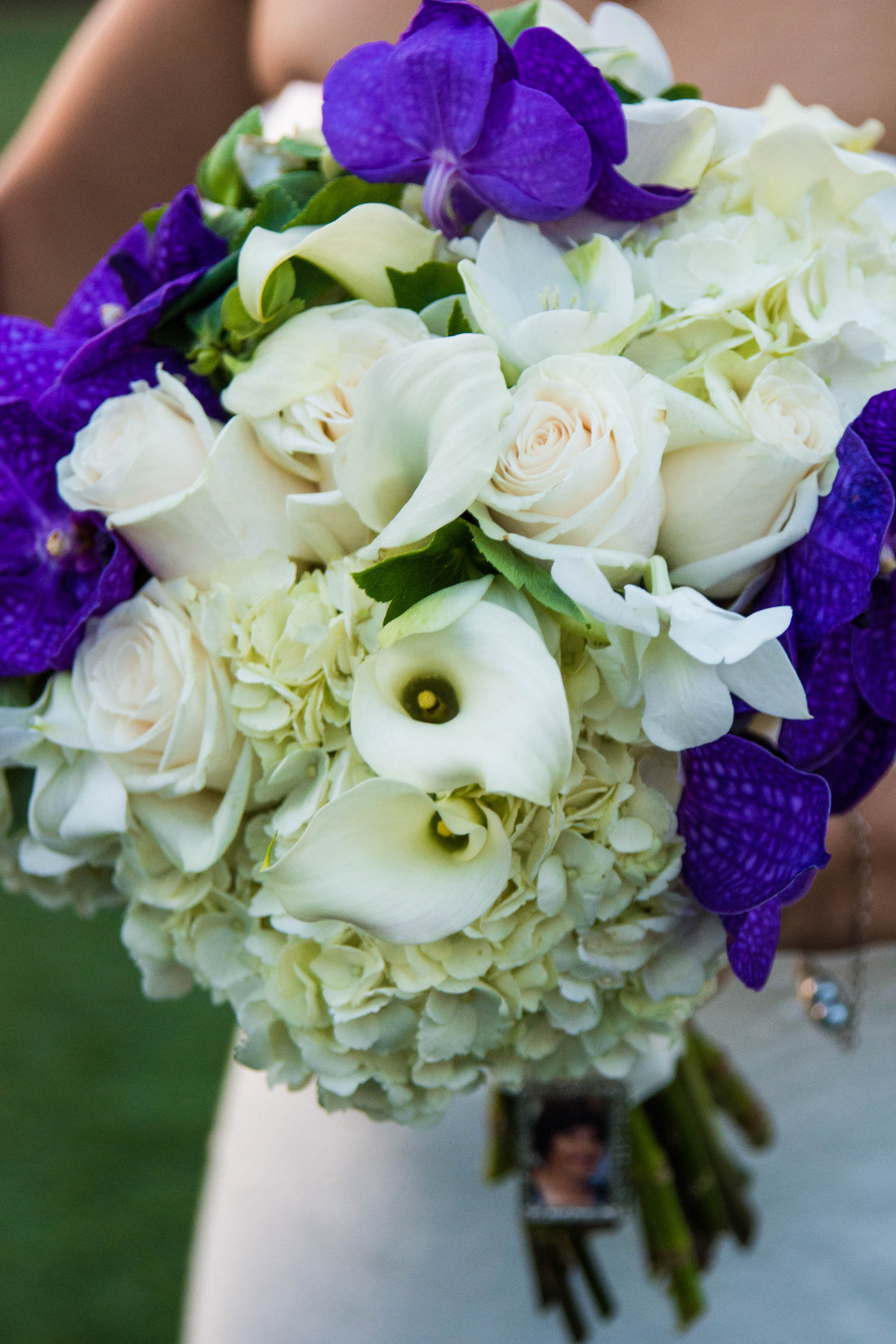 flowersbyazalea_Bride_bouquet_white_purple_Romantic_orchid_hydrangea_rose_lilies_bouquet