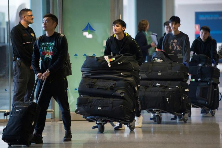 Salgının merkezindeki şehirden Çinli futbol takımı Wuhan Zall, 29 Ocak 2020'de Malaga Costa del Sol Havalimanı'na geldi.