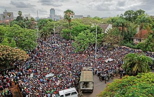 newepoch.media_zimbabwe_protest2