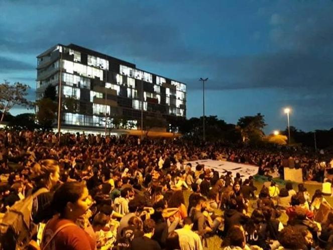 Brazil-studentprotests3