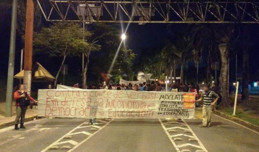 Brazil-studentprotests5