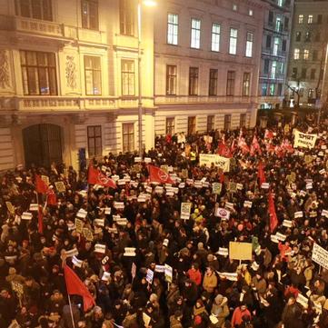 AUSTRIA - Another huge antifascist Demonstration