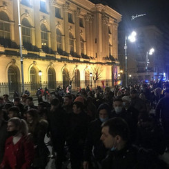 "ROMANIA - Third night in a row protest against the ""covid measures"" of the rulers!"