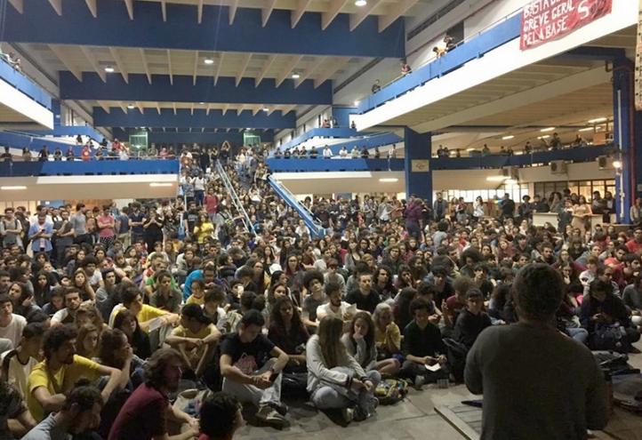 brazil-studentprotests2