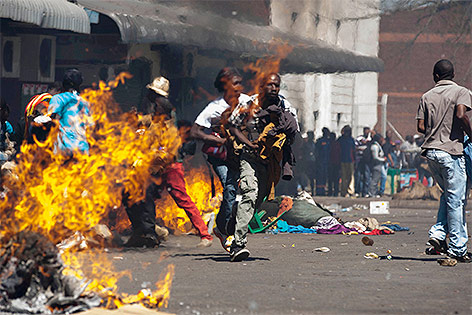 newepoch.media_zimbabwe_protests