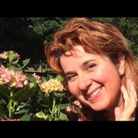 L'incanto della Voce: intervista ad Elion Elena Pontini