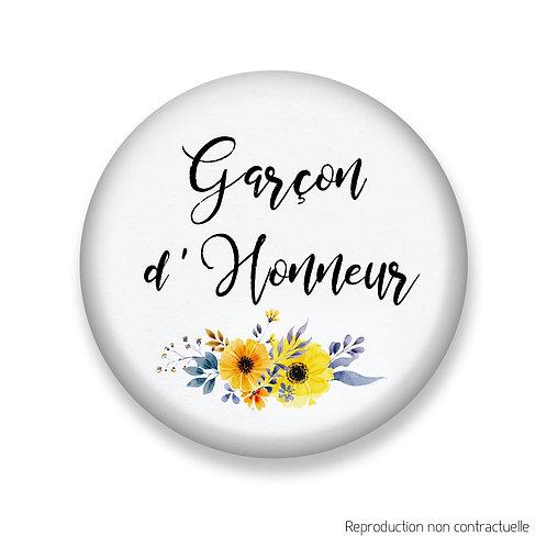 "Badge ""Fleurs jaune"" Garçon d'honneur"