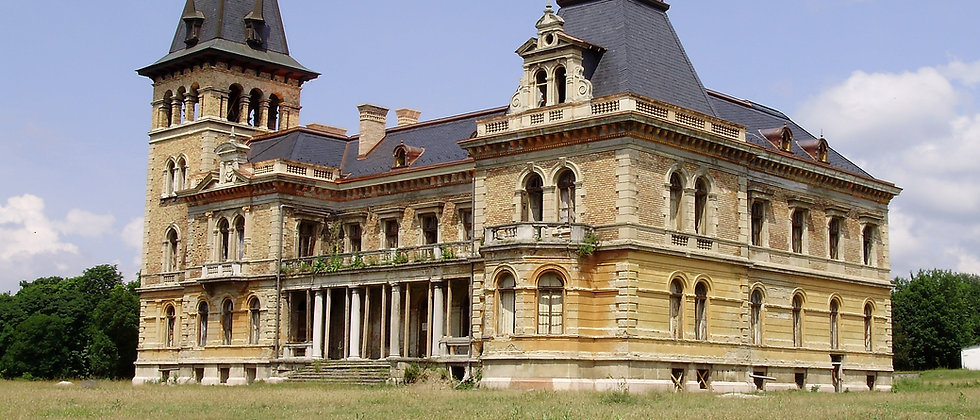 Investment-Projekt: Schloss - Villa - See - 160'000 m2 grosser Komplex
