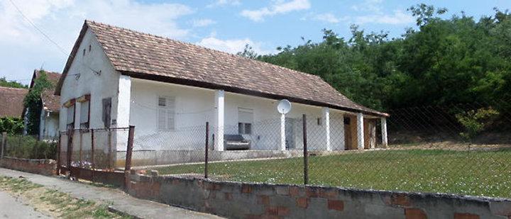 HH-22 - Günstiges Bauernhaus - 1300 Land - zwischen Dombovar und Pécs -