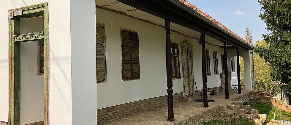 KL-55 -Geschmackvoll renoviertes Bauernhaus in schöner Umgebung - 3000m2 Land