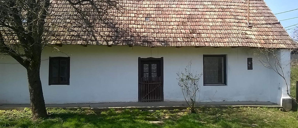 MK-65 - Günstiges Bauernhaus m. Charme - 1'500 m2 Land