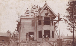 Building Houser-Metzger House