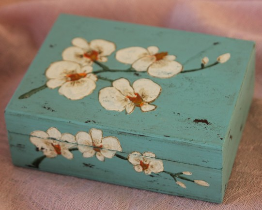 boite motif fleur.jpg