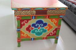 table ladakhi