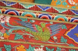 motif oiseau sur frise de temple