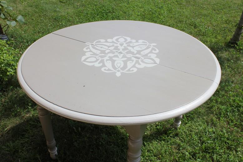 table avec motif