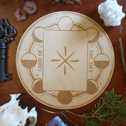 Moon Phase Tarot & Oracle Card of the Day Board