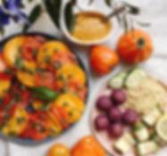 Carpaccio de tomates tout simple, basili