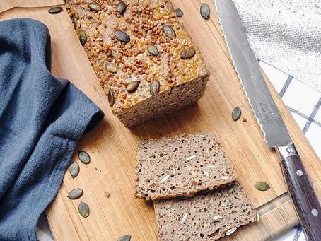 Pain sans gluten au sarrasin et aux graines