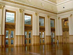 Foyer_Teatro_Solís.jpg