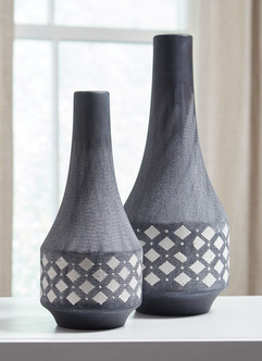 Ashley A2000262 Dornitilla Series Vases