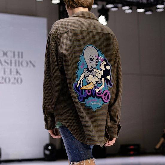 Merino Alien Love shirt