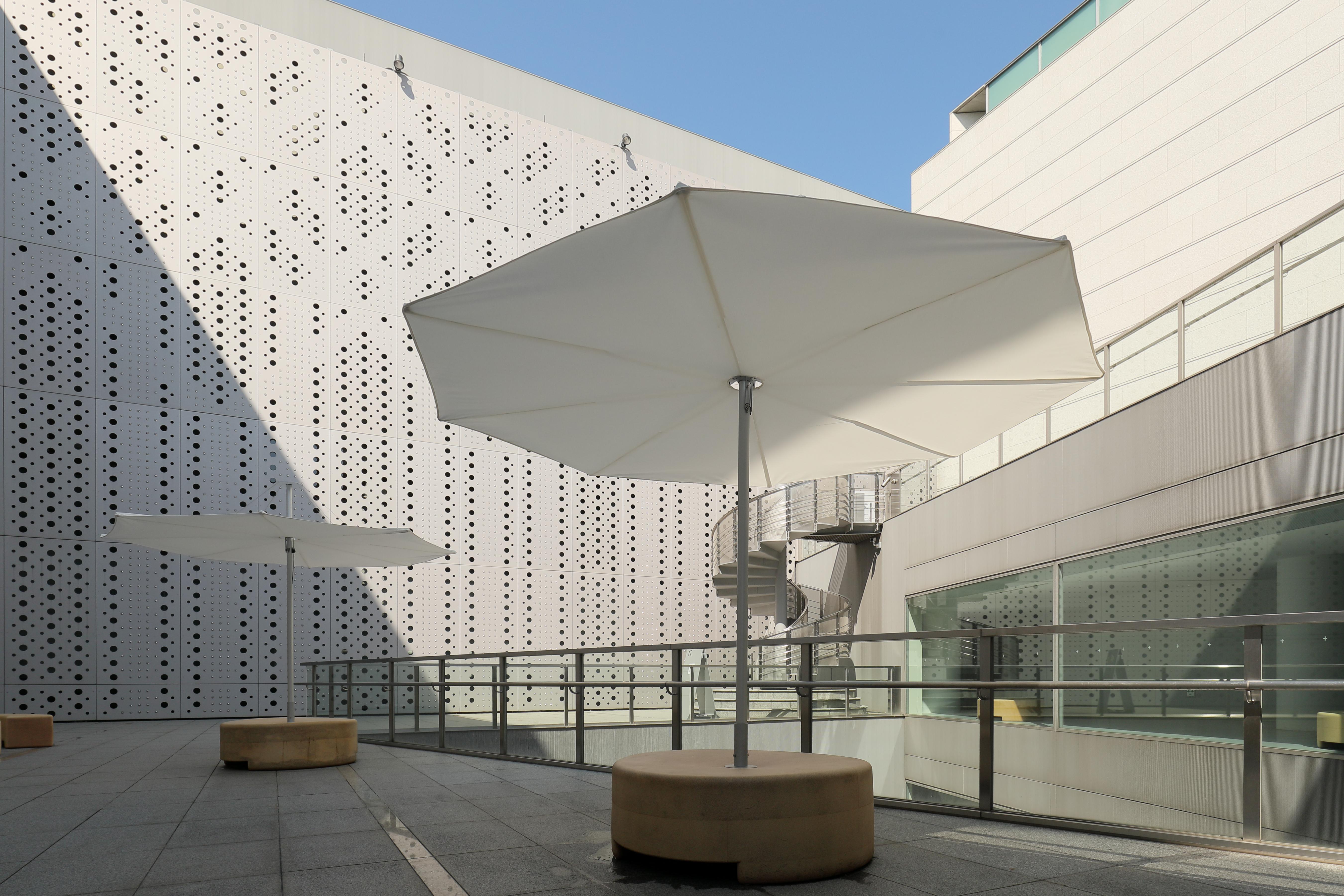 東京都現代美術館、日本