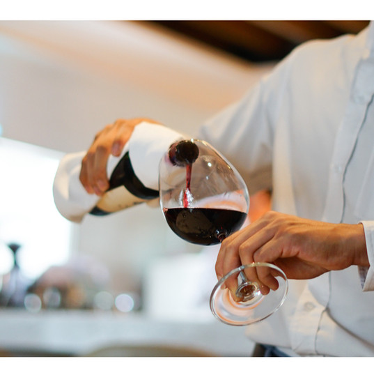 Wine Pouring.jpg