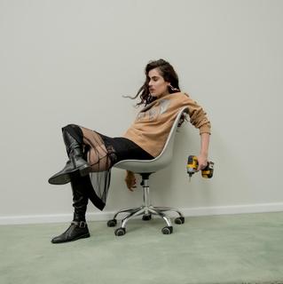 Abril en Madrid | El nuevo sencillo de Marcela Viejo