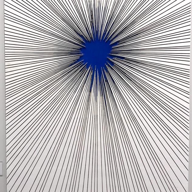 Zero Crossing in blue