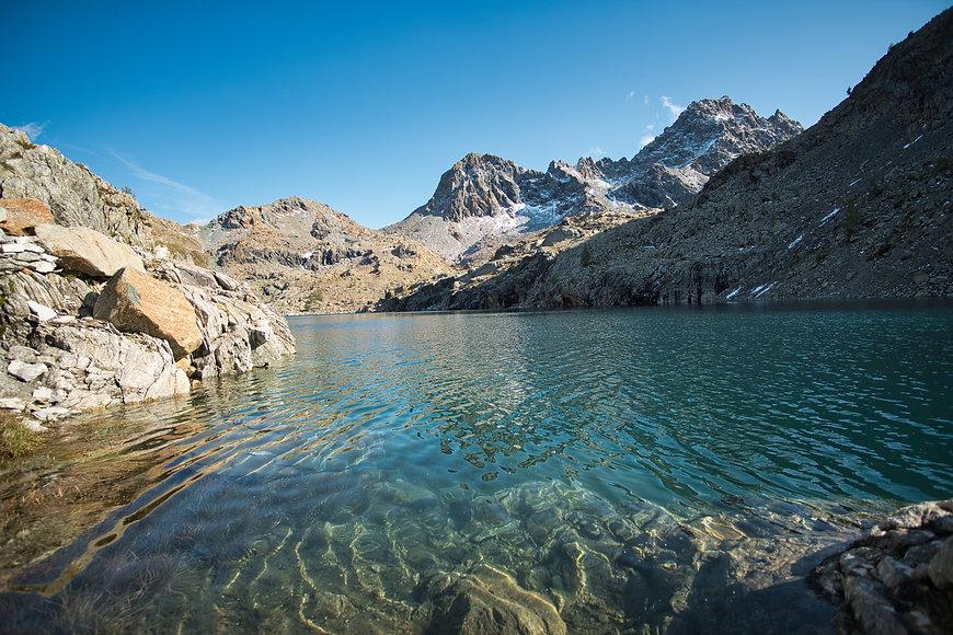 Lago Pirola.jpeg