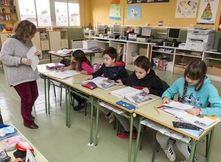 Extremadura. Los docentes interinos podrán elegir entre 8 zonas a partir del próximo curso