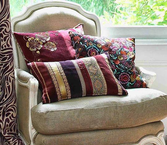 декоративные подушки на заказ, дизайнерские подушки, шторы блэкаут на заказ, рулонные шторы под заказ, шторы покрывала на заказ, ткани для штор москва, купить ткань для штор в москве