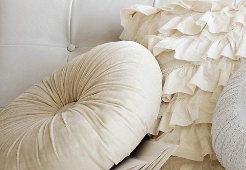 штора спальня, салон штора, ткань штора, пошив римских штор на заказ, изготовление рулонных штор на заказ, жалюзи на заказ, необычные подушки, нежные подушки, круглая подушка на заказ,