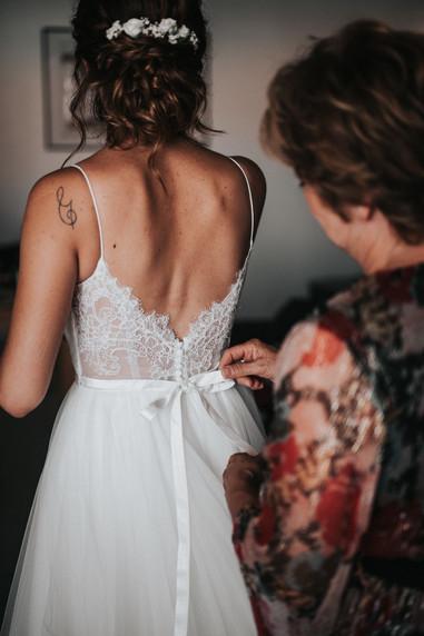 preparation mariée robe.jpg