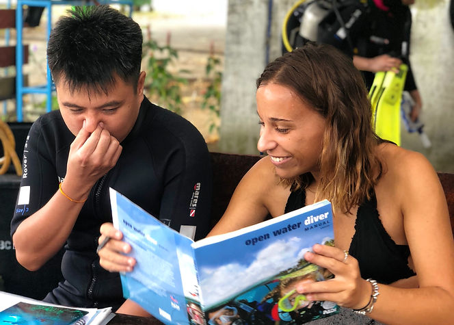 PADI Instructor and Open Water student