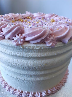 Nude cake layer cake intégralement recouvert - cake design