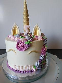Nude cake intégral - gâteau licorne - gâteau décoré en crème au beurre légère