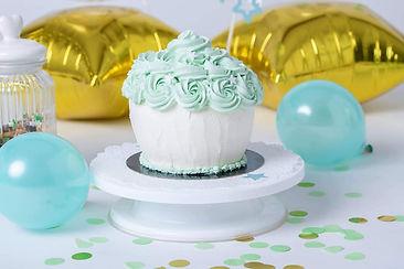 Nude cake - cupcake géant - cake design pour séance photo smash the cake