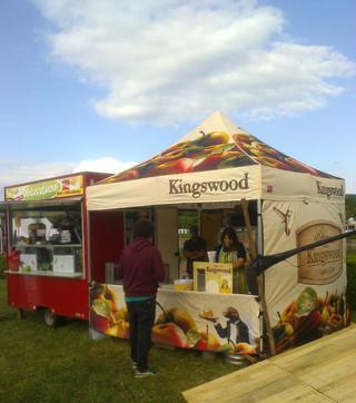 občerstvení a nůžkový stan kingswood