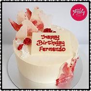 White chocolate & Raspberry cake with lemon buttercream