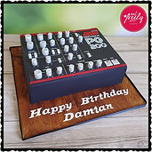Synthesizer Cake