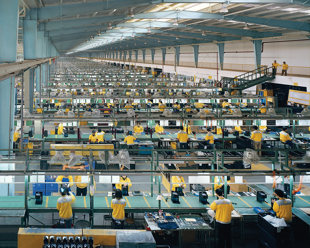 Photo of a mass production factory in Xiamen c/o publicdelivery.org