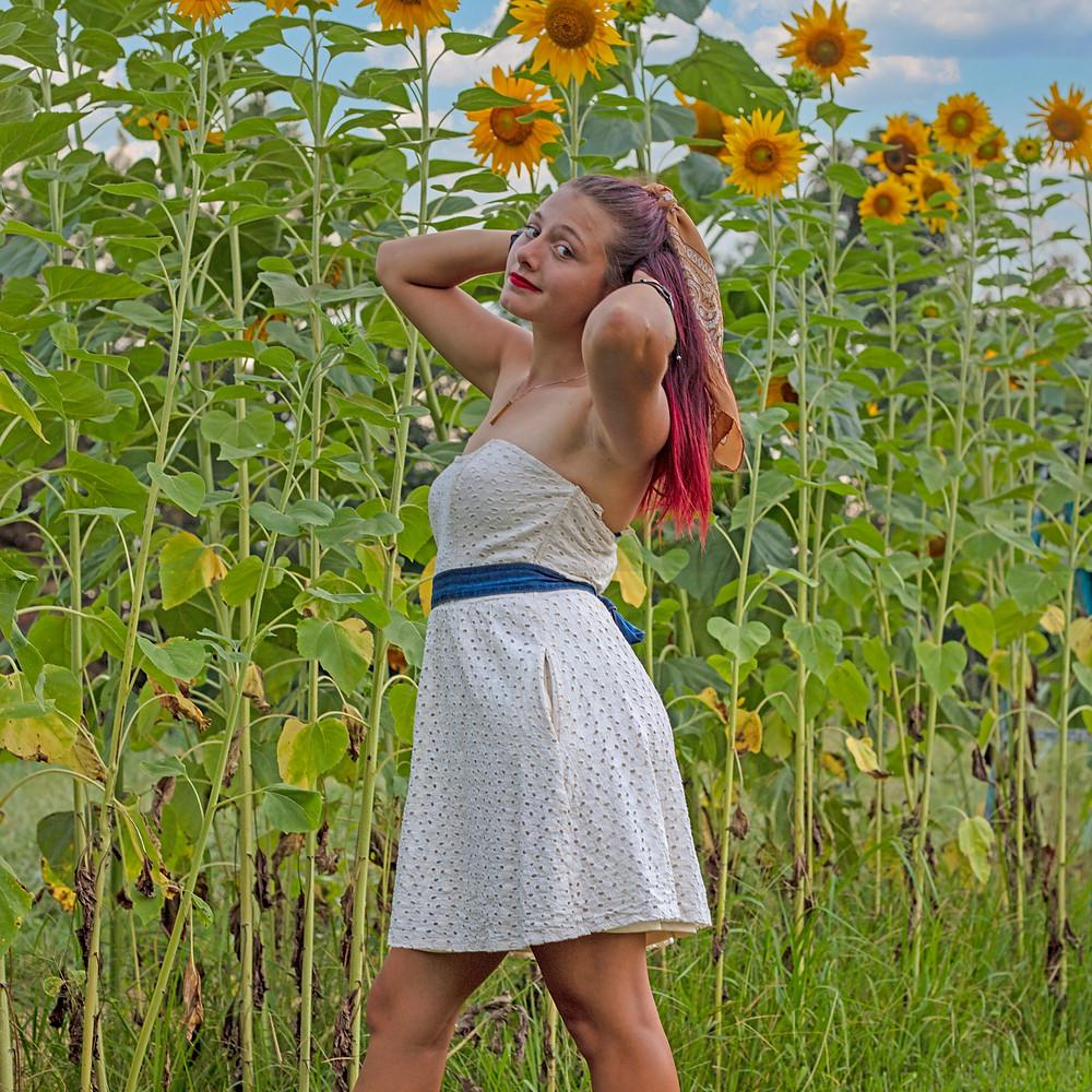 Alex Sunflower Senior Mini Shoot