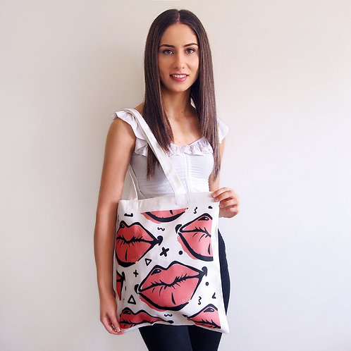 Sweet Smooches Tote
