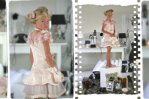 8jaar: Nicky Vankets pink dress handmade flowers