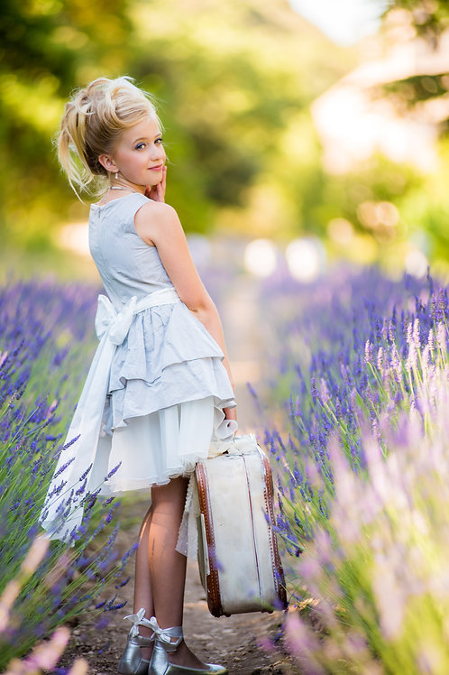 TARATATA grey dress with white belt with other flowers size 14 years