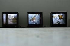 Katya Ev (ekaterina vasilyeva), Vibrations, installtion, 2010, view of the show at Ecole Nationale Superieure des Beaux-Arts de Paris,