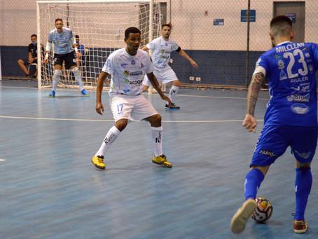 Taubaté Futsal busca a liderança do grupo contra o Yoka